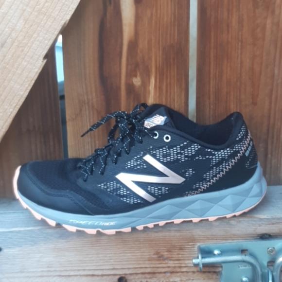 Balance Shoes   590 All Terrain Running